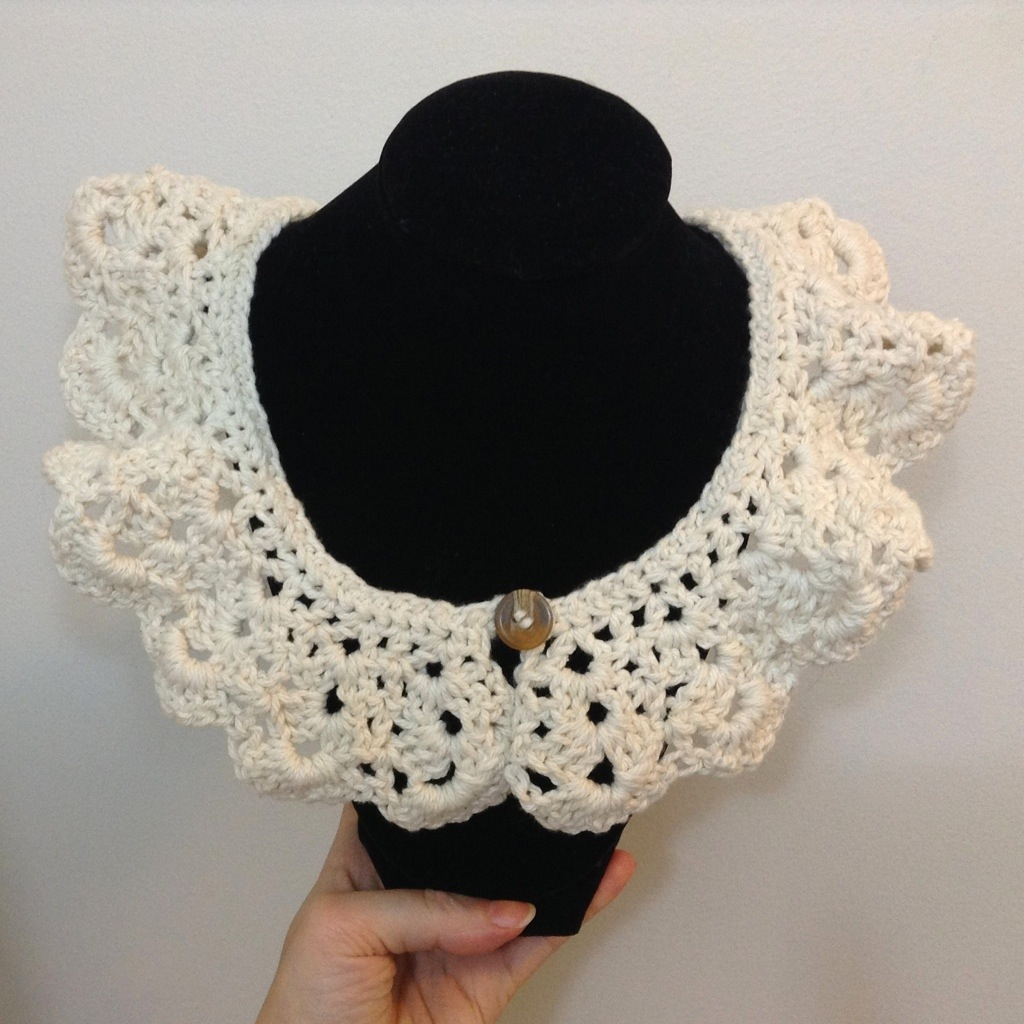 Lace Crochet Collar w/FREE PATTERN | {deer abby}